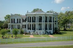 Nottaway Plantation - Louisiana One of my most favorite tourist destinations. Beautiful in every way.