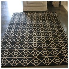 Artisan have a range of exquisite handwoven rugs to suit every taste - classic & contemporary, handmade and natural. Floor Rugs, Tile Floor, Geometric Rug, Artisan, Flooring, Contemporary, Black And White, Crafts, Foyer