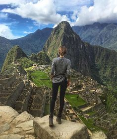Machu Picchu is the name of the highest mountain surrounding the lost city of incas (behind). The mountain in front is called Wayna Picchu.) amazing beauty and energy out there⛰