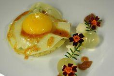 Lasagne mit dreierlei vom bretonischen Blumenkohl, Eigelb und Basilikum