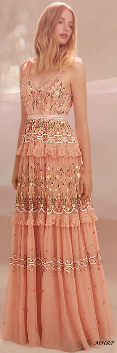 Ideas for dress floral outfit spring 2019 Spring Dresses Casual, Trendy Dresses, Spring Outfits, Fashion Dresses, Prom Dresses, Formal Dresses, Dress Casual, Lovely Dresses, Beautiful Gowns