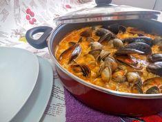 Arroz con berberechos y mejillones, receta marinera sencilla y al alcance de todos. Baja en calorías y rica en vitaminas, proteínas, hidratos de carbono y vitaminas.