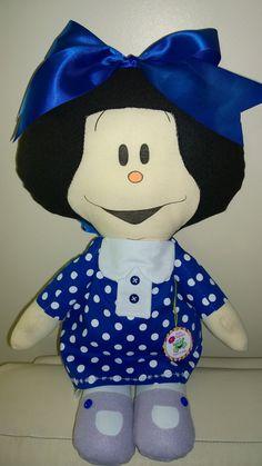 Mafalda em seu novo look azul, by Ateliê Sapeka