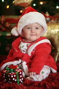 Kids Christmas Photo shoot by Tina Nilsen