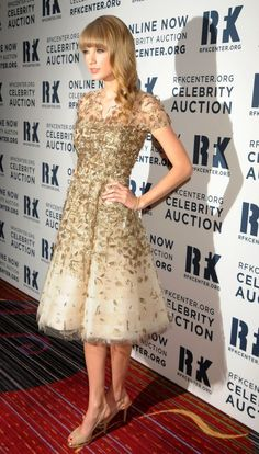 Taylor Swift- absolutely LOVE this dress