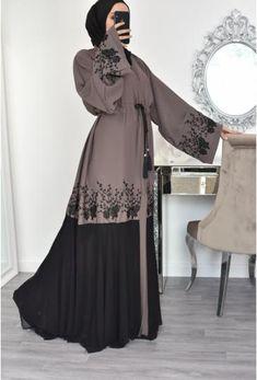 Modest Fashion Hijab, Modern Hijab Fashion, Muslim Women Fashion, Hijab Fashion Inspiration, Indian Fashion Dresses, Abaya Fashion, Abaya Dubai, Mode Abaya, Mode Hijab