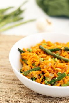 """Parmesan Squash """"Risotto"""" with Asparagus & Green Peas - maybe add roast chicken to up the protein. #spiralizer"""