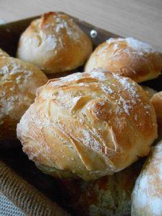 """Pains individuels """"tradition"""" - Recette de cuisine Marmiton : une recette"""