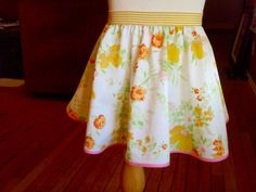The easiest skirt to make for the girls!  Love it!