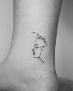 Jun 2019 - Choose your favourite zodiac tattoo from this list of unique gemini tattoos. From gemini zodiac symbol tattoos to twin faced tattoos & more are here. Twin Tattoos, Dainty Tattoos, Family Tattoos, Pretty Tattoos, Body Art Tattoos, Girl Tattoos, Tatoos, Tattoos For Twins, Woman Tattoos