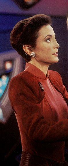 Star Trek: Deep Space 9 -- Major Kira Nerys Cosplay Costume Version 01