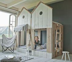 Play your design Kid Beds, Bunk Beds, Cama Junior, Boy Room, Kids Room, Deco Kids, House Beds, Kids Corner, Fashion Room