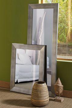 Voici un miroir aux dimensions g n reuses style fen tre d for Miroir industriel alinea