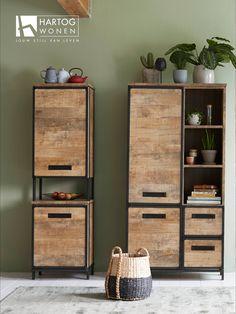 Straightforward Wood Furniture Plans Tips! Industrial Design Furniture, Pipe Furniture, Coaster Furniture, Steel Furniture, Furniture Projects, Furniture Plans, Furniture Decor, Modern Furniture, Furniture Design