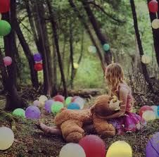 This is a photo I found on Tumblr. I love it and I want to try to recreate it or something. It is actually pretty simple, just buy some balloons and throw them in the forest! I think it will give great shots.
