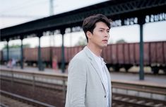 Hyun Bin - Memories of the Alhambra Drama Simulation Theory, Drama News, Mysterious Events, Soul Songs, Drama Fever, Hyun Bin, Korean Actors, Korean Dramas, Korean Idols