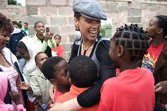 Alicia Keys's organisation Keep A Child Alive, provides life saving treatment and care to those in Africa and India affected by HIV/AIDS, and provides support to orphans and other family members impacted by the disease. #Celeb #AliciaKeys #AIDS #Charity
