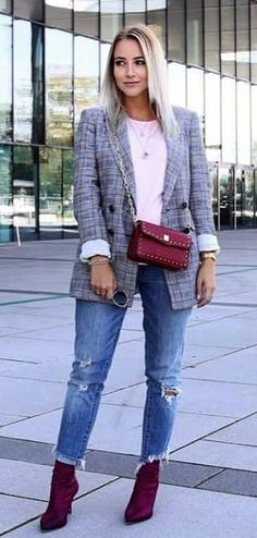 #fall #outfits women's gray shawl lapel suit jacket and distressed blue-washed jeans