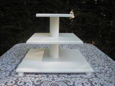 Magdalena 3 nivel torre de pastel blanco