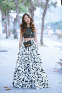 Cropped top, long skirt