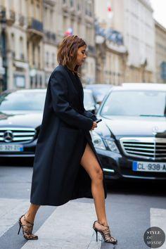 Christine Centenera Street Style Street Fashion Streetsnaps by STYLEDUMONDE Street Style Fashion Photography