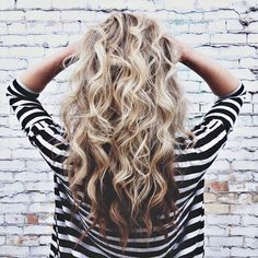 Ombre hair color, blonde hair with brown underneath, beachy hair, curly hair