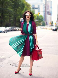 Blogger Veronica Popoiacu of Bittersweet Colours belts a Casana cashmere scarf over a rich berry dress. So chic!