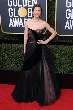 Jessica Biel shows her support of in a black strapless gown at the Golden Globes. Jessica Biel, Golden Globe Award, Golden Globes, Oscar Dresses, Gowns Of Elegance, Glamour, Warm Outfits, Red Carpet Dresses, Red Carpet Looks