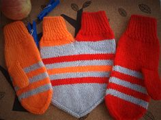 mittens for a couple. Mom? Could you make these? @Laura Jayson Kulp