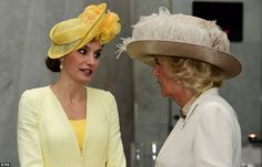 Queen Letizia chats to the Duchess of Cambridge during the first afternoon of their State Visit on 12 JULY 2017.