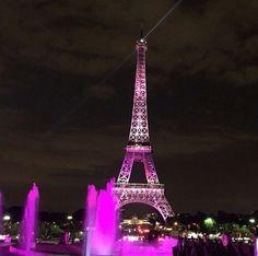 Octubre rosa Eiffel