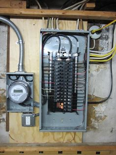 Electrical Panel Wiring, Electrical Switches, Electrical Projects, Electrical Safety, Electrical Installation, Solar Projects, Electrical Breakers, Electrical Maintenance, Breaker Box