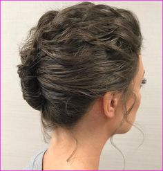 60 Creative Short Hair Updos, Have you ever struggled to learn some updos for short hair? With so many gorgeous updo ideas available online, the strong majority are for long hair. Casual Hair Updos, Short Hair Updo, Curly Hair Tips, Curly Hair Styles, Pixie Styles, Twist Hairstyles, Hairstyles Haircuts, Trendy Hairstyles, Wedding Hairstyles