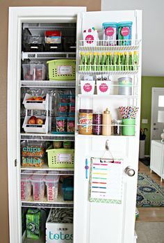 131Kitchen Pantry Update: Part 3 {Reveal!} Love this pantry too....especially the pouches on the door - would be great for Matty's foods