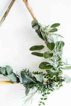 DIY Foraged Triangle Christmas Wreath | Fall For DIY