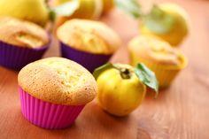 Omlós, birsalmás muffin: bögrével is kimérheted a hozzávalókat Cake Cookies, Muffins, Breakfast, Food, Cupcake, Drink, Diet, Morning Coffee, Muffin