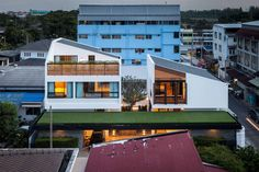 Project Name Twin House  The house is built after the great flood in Thailand since 2011-2012, along with the reason of shifting the member of family from 's...