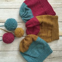 Conversationalist – a free knitting pattern by Plucky Knitter Design.(photo and project by CatReading on ravelry)