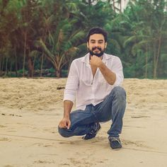 Tovino Thomas clicked by Hari Bhagirath Kerala Tourism, Photography Poses For Men, Actor Photo, Superman, Hipster, Selfie, Actors, Quotes Motivation, Celebrities