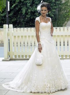 Wholesale Hot Sell A-Line/Princess Square Chapel Train Lace wedding dress for bride BB17, Free shipping, $112.0-134.4/Piece | DHgate