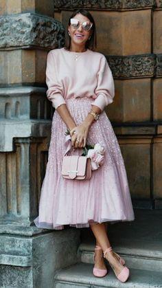 Glam light pink look inspiration Pink Fashion, Fashion 2020, Modest Fashion, Hijab Fashion, Fashion Dresses, Womens Fashion, Skirt Fashion, Mode Rose, Mode Inspiration