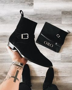 Chelsea Boots Outfit, Suede Chelsea Boots, Black Formal Shoes, Buckle Outfits, Mens Boots Fashion, Stylish Mens Outfits, Fresh Shoes, Black Leather Ankle Boots, Sneaker Boots