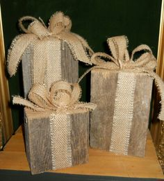 Repurposed wood w burlap bows Pallet Wood Christmas, Christmas Fireplace, Rustic Christmas, Christmas Fun, Pallet Snowman, Christmas Craft Projects, Holiday Crafts, 4x4 Wood Crafts, Diy Christmas Presents
