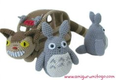 This crochet amigurumi set is FABULOUS! Free Totoro Crochet Pattern - Crochet Me