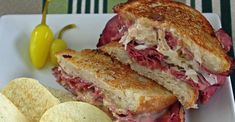 These sandwiches are really delicious and easy to make. They are one of my family's fix-it-quick favorites. I like to serve them with big bowls of steaming vegetable soup and dill pickles on the side. Sandwiches For Lunch, Soup And Sandwich, Wrap Sandwiches, Sandwich Recipes, Reuben Sandwich, Grilled Sandwich, Beef Recipes, Cooking Recipes, Recipes