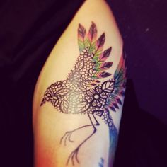 i love the way the bird has been done in lace.
