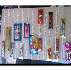 DIY graduation candy card Diy Graduation Gifts, Graduation Cards, Graduation Ideas, Candy Bar Cards, Candy Bar Posters, Candy Crafts, Diy Gifts For Friends, Party Ideas, Gift Ideas