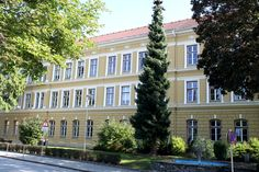Alte, schöne Fassaden werden von uns saniert und fachgerecht renoviert.