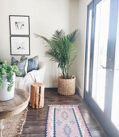 Tour- Michelle Janeen Bright White California Home. -Home Tour- Michelle Janeen Bright White California Home. Style At Home, Grace Home, Home Decoracion, Living Room Decor Inspiration, Home And Deco, White Houses, My New Room, Home Living Room, Apartment Living