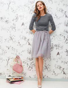 Jupon plumetis - 30 looks chic et tendance pour les fêtes - Femme Actuelle